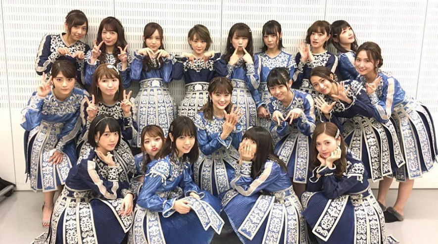 Nogizaka46 enchaîne les performances