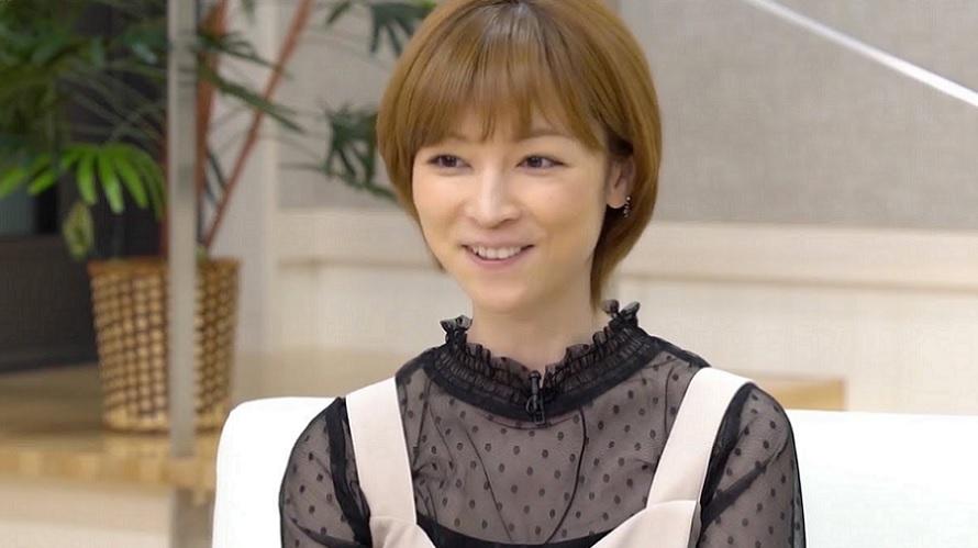 Hitomi Yoshizawa (ex-Morning Musume) libérée sous caution